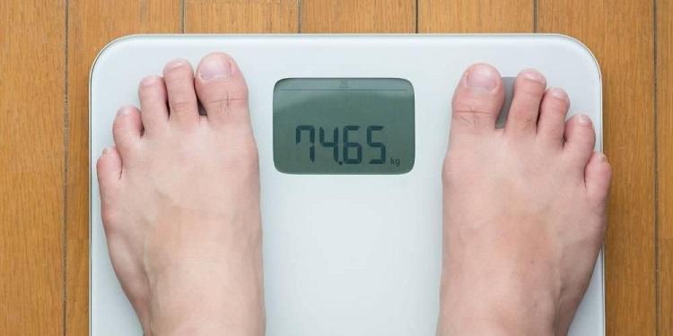Ilustrasi menurunkan berat badan, Sumber : sehatq.com